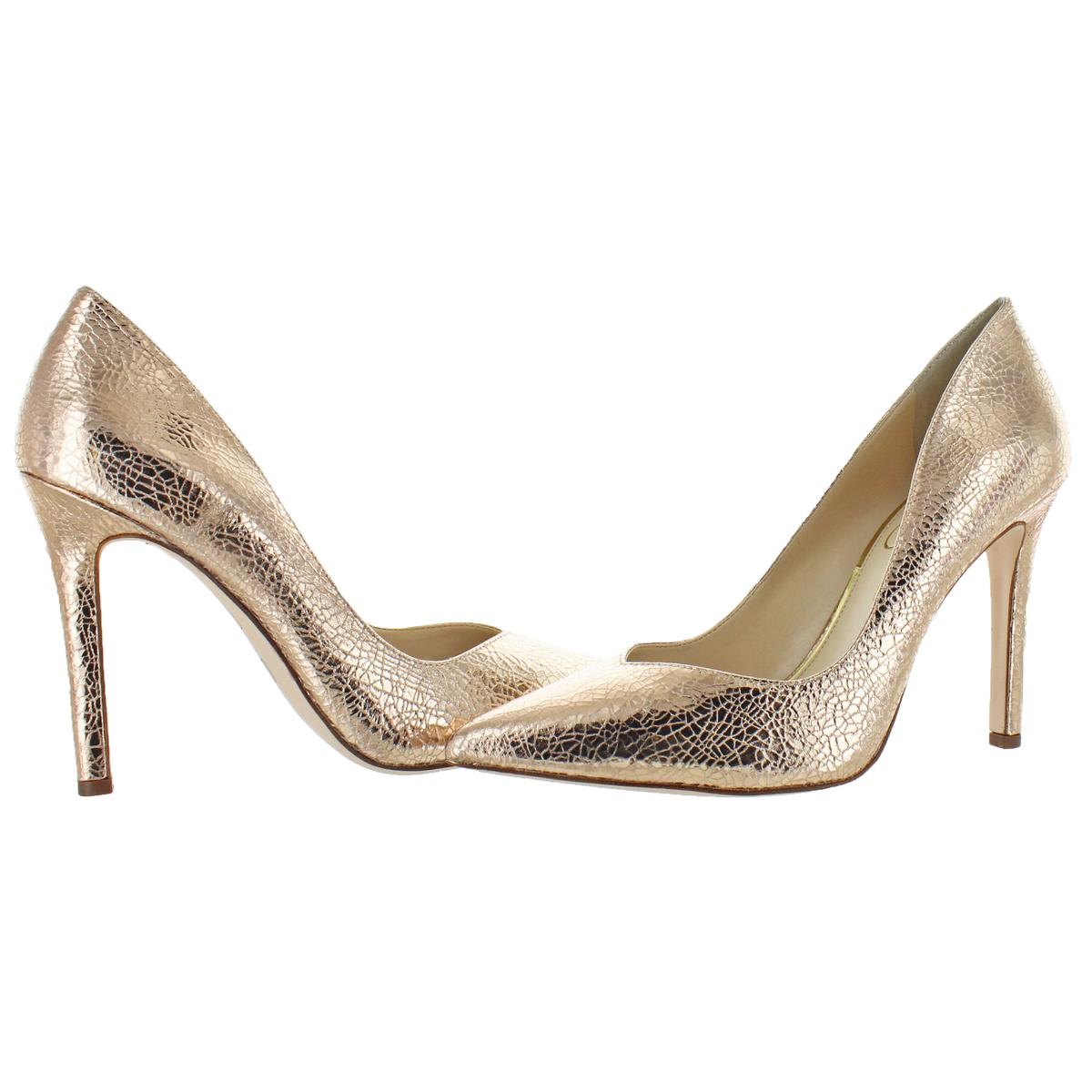 Jessica-Simpson-Women-039-s-Cylvie-Metallic-V-Cut-Classic-Pumps-Heels-Shoes thumbnail 3