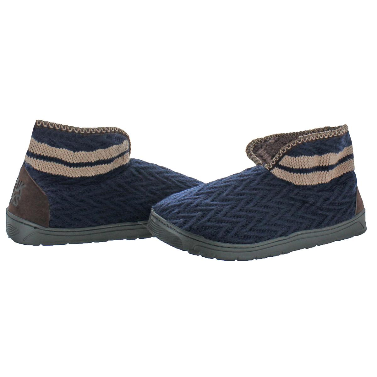 Mukluks-Men-039-s-Mark-Sweater-Knit-Furpa-Ankle-Bootie-House-Slippers thumbnail 15