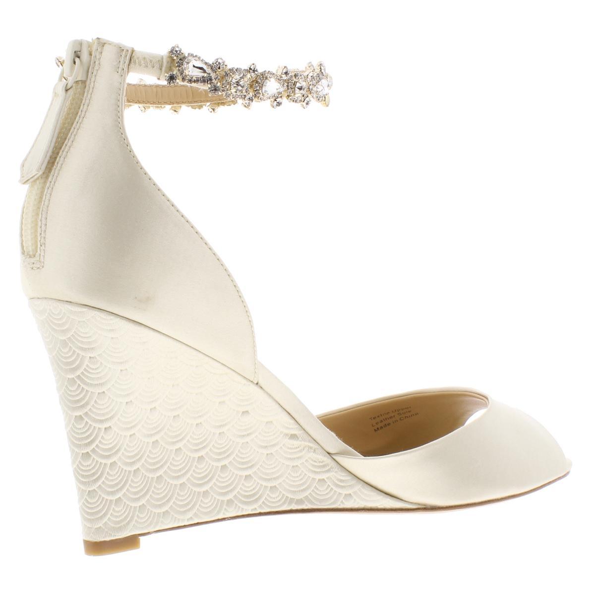 Badgley Mischka Womens Embellished Open Toe Dressy Wedge Heels Shoes Bhfo 9039