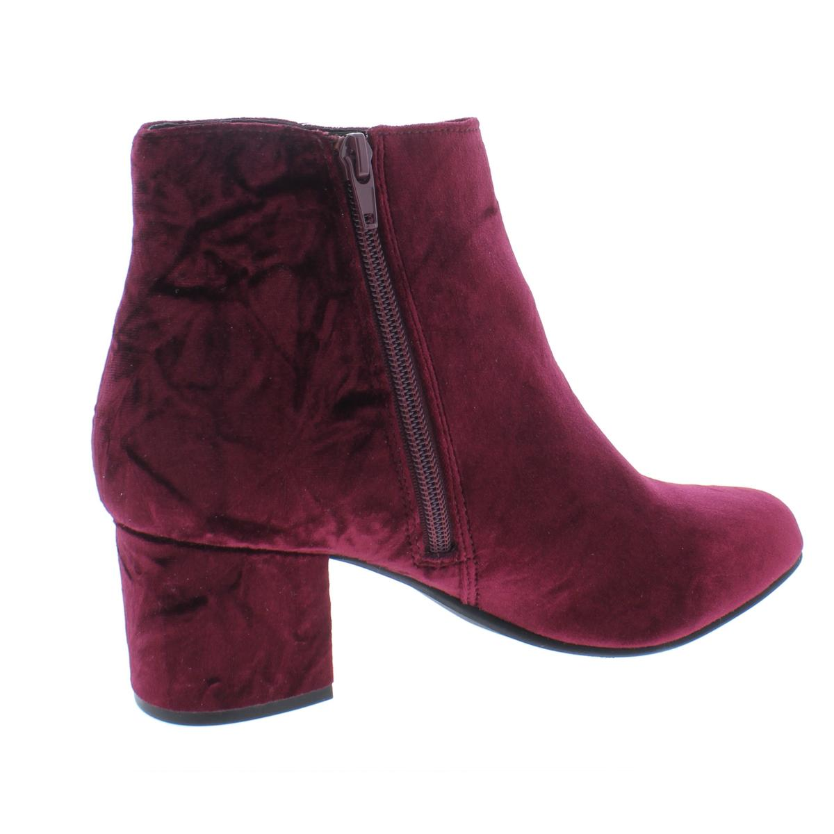38cca794638 Details about Steve Madden Womens Irina Purple Velvet Booties Shoes 7  Medium (B